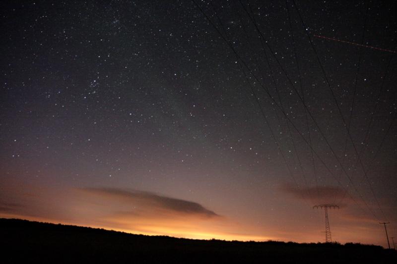 Airglow überdeckt den gesamten Himmel